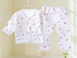 การเลือกเสื้อผ้าสำหรับเด็กอ่อน
