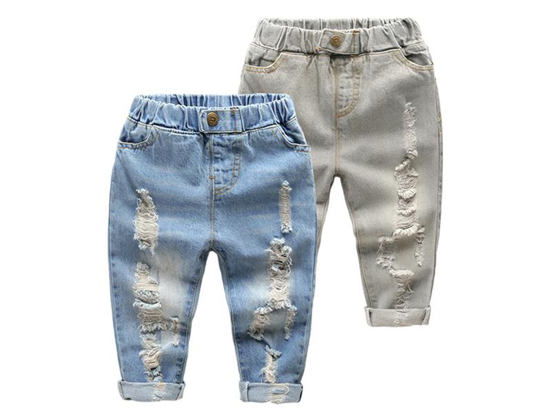 การเลือกซื้อเสื้อผ้าสำหรับเด็กกำลังโต